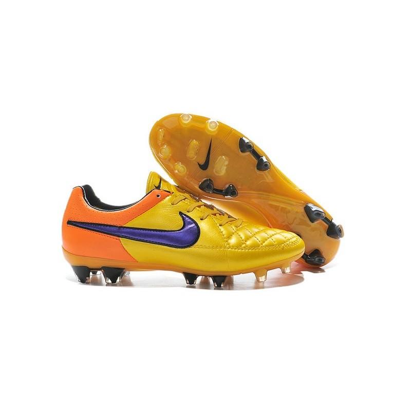 Nike Miste Off37 Acquista Sconti Calcio dAvwqxWOB