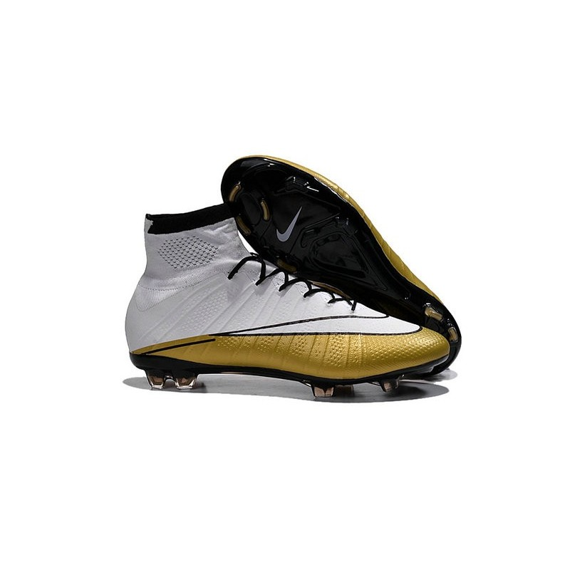 scarpe da calcio nike con tacchetti in ferro acc