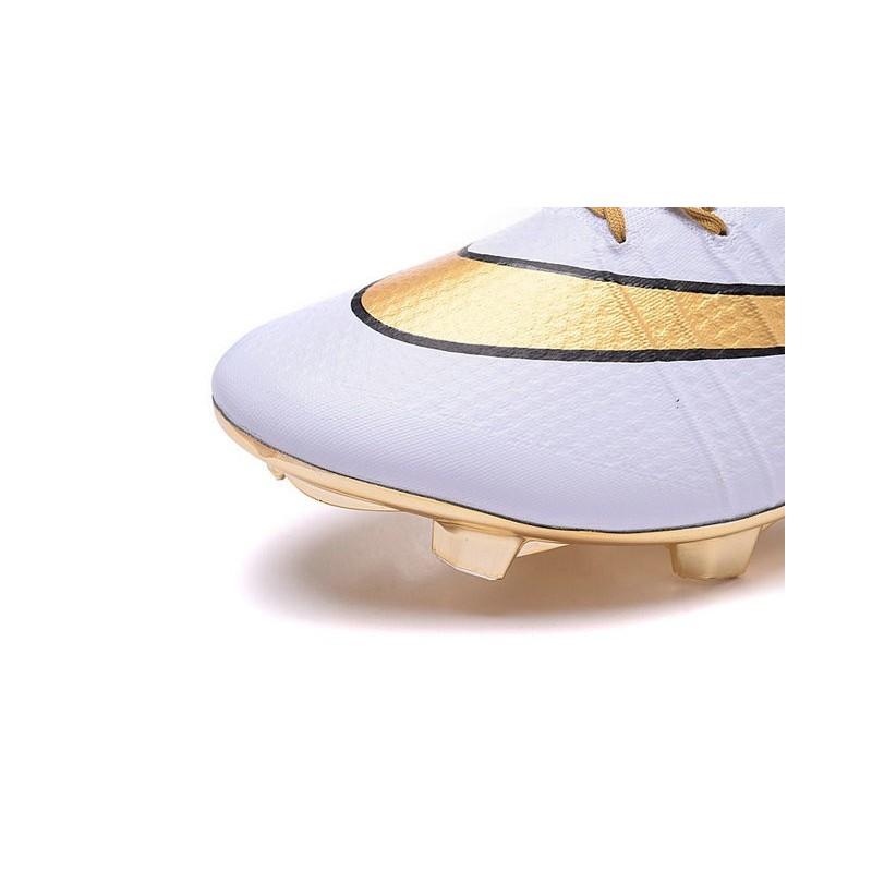 new concept 2eaec d389c scarpe da calcio nike mercurial dorate