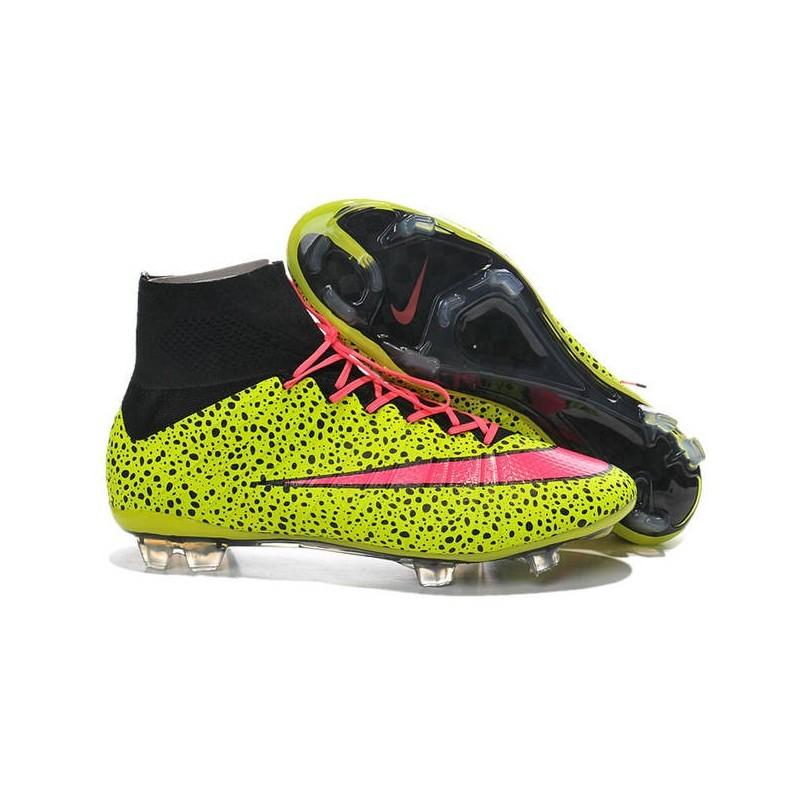 493e9550e Scarpe calcio Nuove Nike Mercurial FG Giallo Rosa Nero