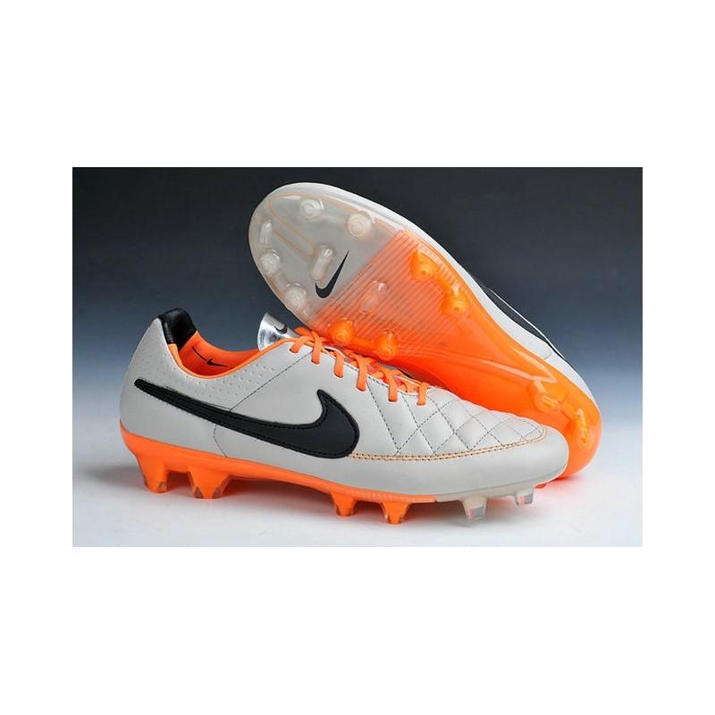 46220fce86275 2015 Scarpe da Calcio Uomo Scarpe Nike Tiempo Legend Fg Sabbia Nero  Arancione