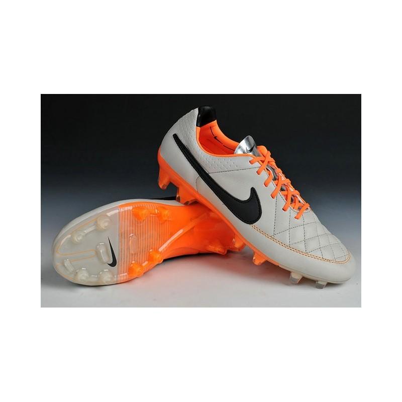 nuove scarpe da calcio nike 2015
